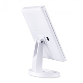 Triple Beauty Mirror with Zoom and Light 22 LED